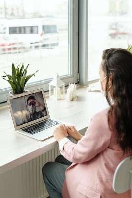 Konsultacja online - zdjęcie partnera