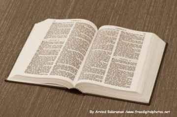 biblia, By Arvind Balaraman /www.freedigitalphotos.net