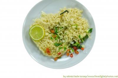 makaron instant, by rakratchada torsap, www.freedigitalphotos.net
