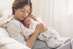 Matka z niemowlakiem - zdjęcie partnera