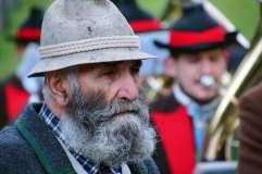 Starszy pan w kapeluszu - zdjęcie partnera