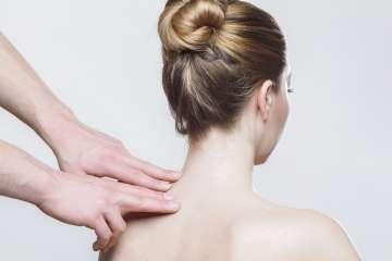 Masaż pleców - zdjęcie partnera