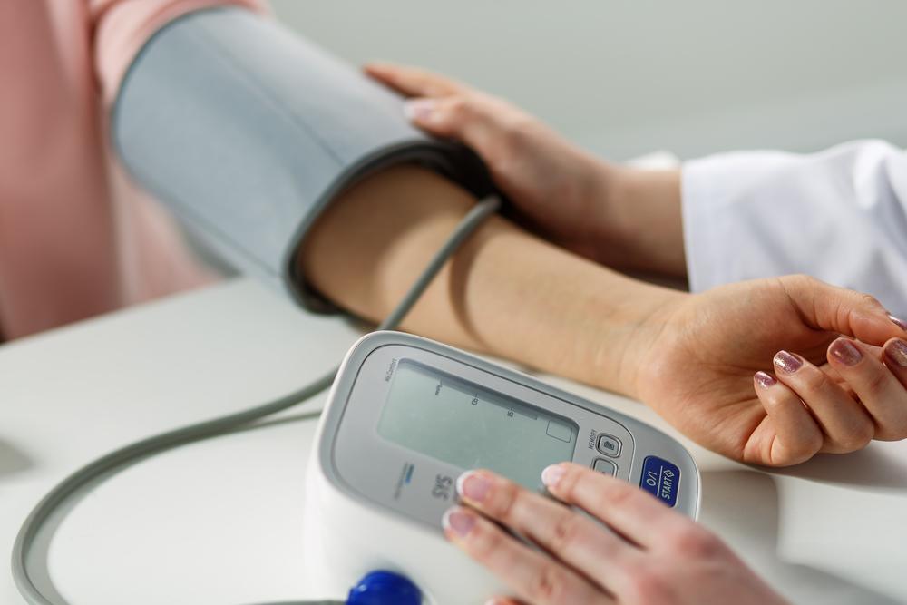 Pomiar ciśnienia u lekarza - zdjęcie partnera