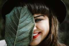 Uśmiechnięta dziewczyna - zdjęcie partnera