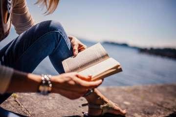 czytanie książek, pexels.com
