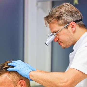 Transplantacja włosów - zdjęcie partnera